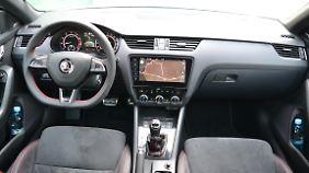 Die Instrumenteneinheit wurde für den Octavia RS neu gezeichnet.