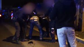 Stuttgarter Polizei zieht Konsequenzen: Beamte prügeln nach Unfall auf Mann ein