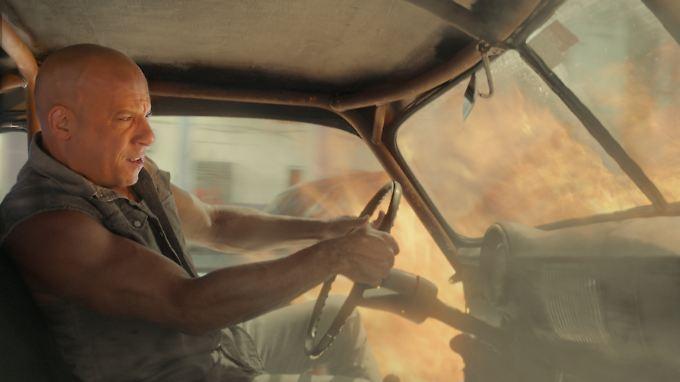 """In """"Fast & Furious 8"""" ist es um die Familie von Dominic Toretto (Vin Diesel) schlecht bestellt."""