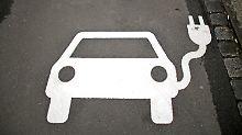 Platz für 10.700 E-Autos: Zahl der Stromtankstellen steigt