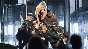 Promi-News des Tages: Lady Gaga bringt Coachella zum Kochen