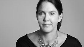 Sabine Trinkaus lebt in Alfter bei Bonn. Sie schreibt seit 2011 Kriminalromane und Kurzgeschichten.