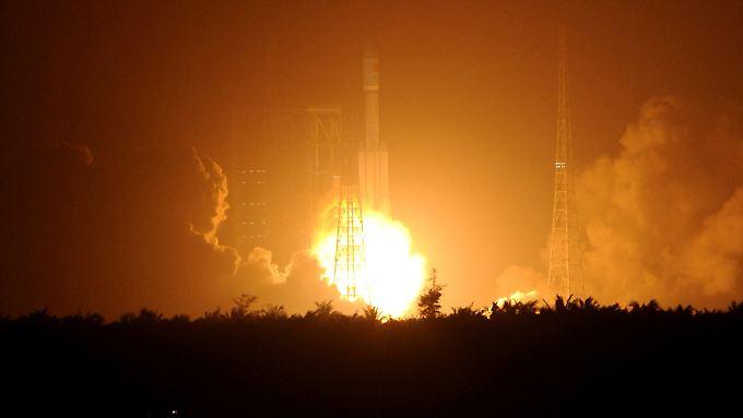 """Erfolgreiches Spektakel: """"Tianzhou 1"""" ist ein wichtiger Baustein auf dem Weg zu einer chinesischen Raumstation."""