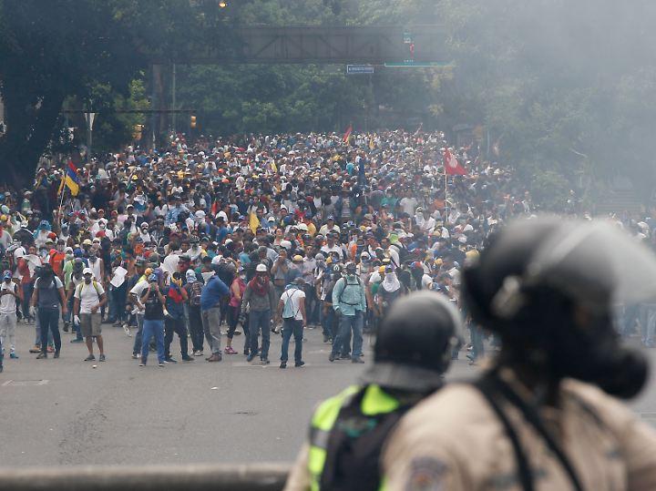 Massen auf den Straßen: Kein ungewöhnliches Bild in diesen Tagen in Venezuela.