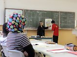 """Integration nicht erschweren"": Wanka will weniger Migranten pro Klasse"