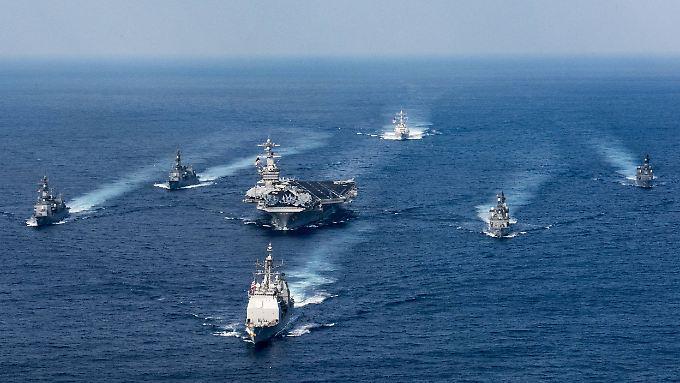 Im Pazifik treten die USA gemeinsam mit Verbündeten wie Japan und Australien Chinas Besitzansprüchen entgegen.