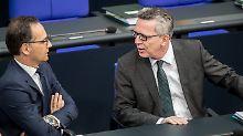 Fußfessel für Gefährder kommt: Bundestag beschließt Sicherheitspaket