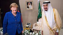 Angela Merkel bei einem Treffen mit König Salman im November 2015.