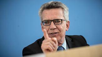 Graf Lambsdorff: Kein Alltagsbezug: De Maizière skizziert zehn Punkte deutscher Leitkultur
