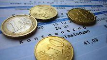Von 0 bis 180 Euro: Bankgebühren oft kaum nachvollziehbar