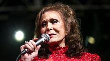 Nach einem Schlaganfall: Loretta Lynn muss ins Krankenhaus