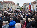 Demonstrationen in Dresden: Pegida und AfD üben Schulterschluss