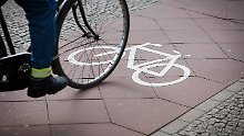 Rechtsfahrgebot missachtet: Wenn der Radler auf der falschen Seite fährt