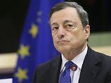 """""""Es ist noch zu früh"""": Draghi hält am Nullzins fest"""