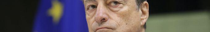 Der Tag: 15:18 Draghi verbreitet vorsichtigen Optimismus