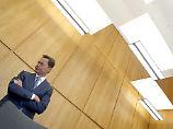 Geburtstag auf der Anklagebank: Middelhoff schweigt zu Boni-Zahlungen