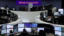 Snap brechen an Wall Street ein: Dax rettet sich über die 12.700