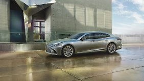 Mit dem LS 500 will Lexus vor allem Mercedes und BMW Konkurrenz machen.