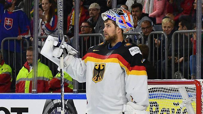 Vom umjubelten Matchwinner zum Problemkind: Deutschlands Eishockey-Nationaltorwart Thomas Greiss.
