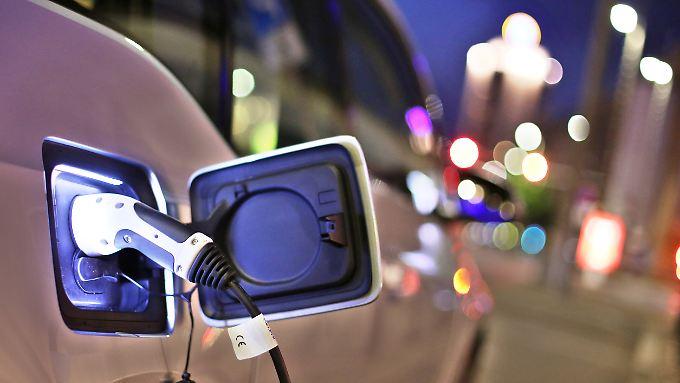 Infrastruktur bereitet Sorgen: EU prüft Quote für Elektroautos