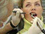 Zahnreinigung und Chiropraktiker: Diese Kassen bieten am meisten
