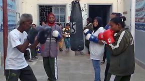 Kampfsport reine Männersache?: Mädchen boxen gegen traditionelles Rollenbild in Pakistan