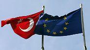 Unwirscher Streit mit Beitrittskandidaten: Merkel will EU-Finanzhilfe für Türkei kürzen