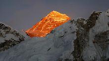 Letzter Seven Summit geschafft: Blinder erklimmt Mount Everest