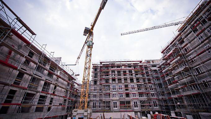 Mehr Fertigstellungen gab es 2016 vor allem in Mehrfamilienhäusern mit fast zehn Prozent.
