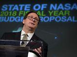 Ist mit dem neuen Haushaltsentwurf trotz massiver Kürzungen alles in allem zufrieden: Robert Lightfoot