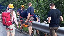 Nach Erdrutsch in Alpen: 17 Menschen aus Bergschlucht gerettet