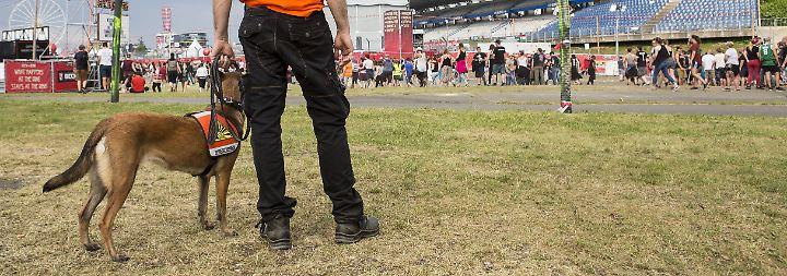 """""""Rock am Ring"""" unterbrochen: Terrorangst verzögert Festival"""