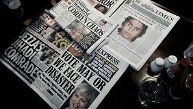 Britische Titelseiten am Tag vor der Wahl - der Großteil mit eindeutiger Stoßrichtung.