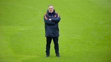 Dick Advocaat ist bereits zum dritten Mal niederländischer Nationaltrainer. Nun soll er Oranje zur Fußball-WM 2018 in Russland führen.