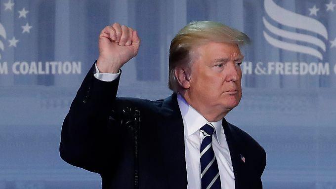 """""""Sein Verhalten deutet auf eine tiefe Empathielosigkeit hin"""": Donald Trump."""