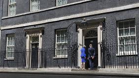Theresa Mays Eigentor: In Großbritannien zieht ein politischer Sturm auf