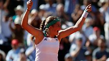 Kerber behält Tennis-Weltspitze: Ostapenko gewinnt sensationell French Open