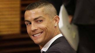 Promi-News des Tages: Cristiano Ronaldo feiert Familienzuwachs