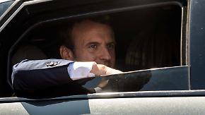 Historisch niedrige Wahlbeteiligung: Macrons Partei wird bei Parlamentswahl stärkste Kraft