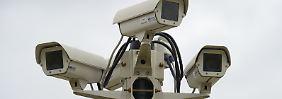 Verkehr, Kameras, Whatsapp: Union plant Überwachungs-Rundumschlag