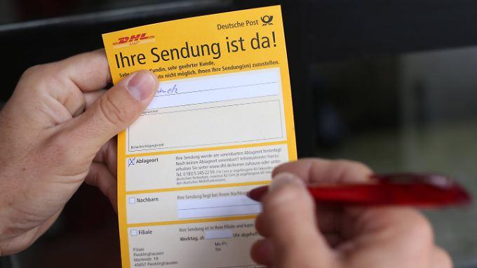 Im Idealfall gibt es bei DHL eine Benachrichtigung mit allen Informationen.
