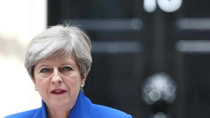 Kommt Theresa May von ihrem Brexit-Kurs ab?