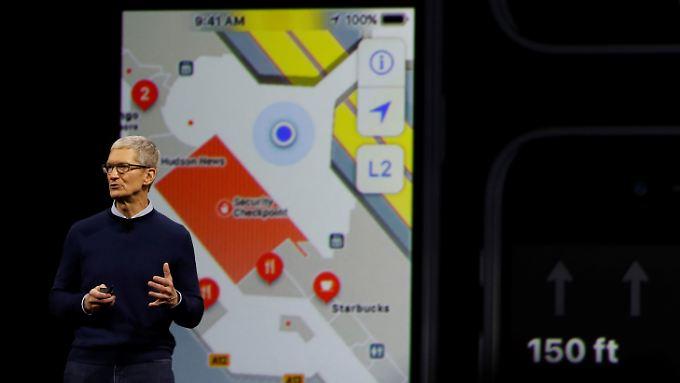 Apple-Chef Tim Cook hat angekündigt, dass sich der Konzern auf Roboterwagen-Technologien konzentrieren wird.