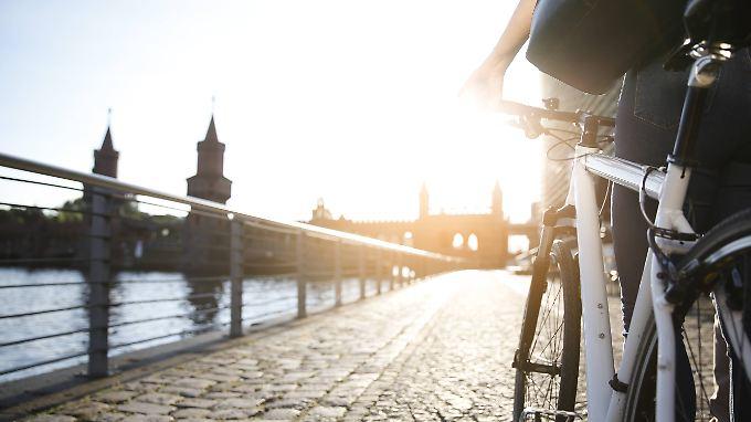 Mit dem Dienstrad muss man nicht zwangsläufig zur Arbeit fahren.