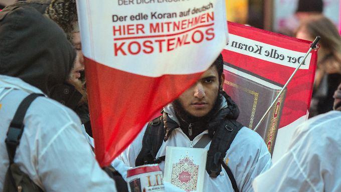"""Die Koranverteilaktion """"Lies!"""" ist seit 2016 verboten."""
