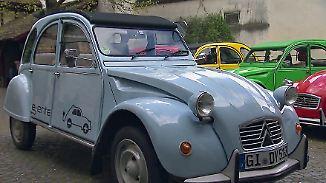 Von wegen lahme Ente: Citroën 2CV mit Elektro-Motor fährt vielen davon