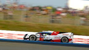 24-Stunden-Rennen von Le Mans: Toyota und Porsche liefern sich härtestes Autorennen der Welt