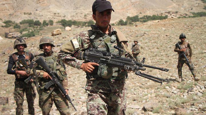 """Die Felsentunnel- und Höhlen von Tora Bora sollen """"komplett IS-frei"""" sein."""