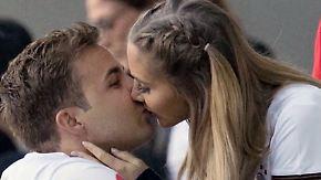 Promi-News des Tages: Bei Mario Götze läuten bald die Hochzeitsglocken