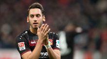 Der Sport-Tag: AC Mailand blamiert sich mit Calhanoglu-Trikot